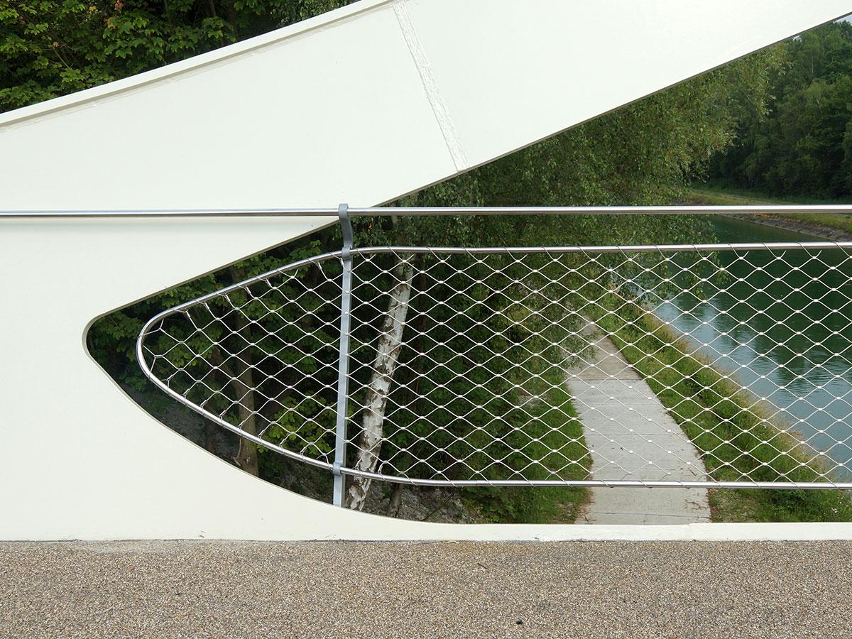 Harchies bridge